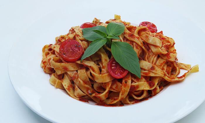5 ארוחה זוגית איטלקית בבית הקפה נושה, פתח תקווה
