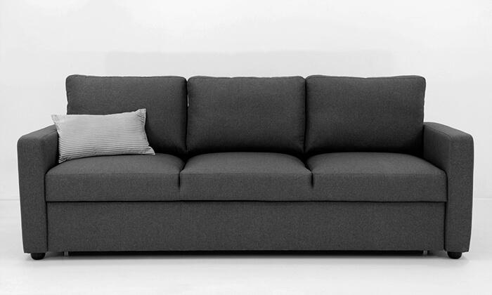 3 שמרת הזורע: ספה תלת-מושבית נפתחת למיטה