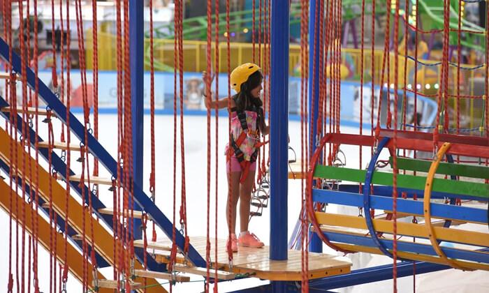 6 3 קומות של אדרנלין: כניסה לפארק החבלים בקניון אייס מול אילת