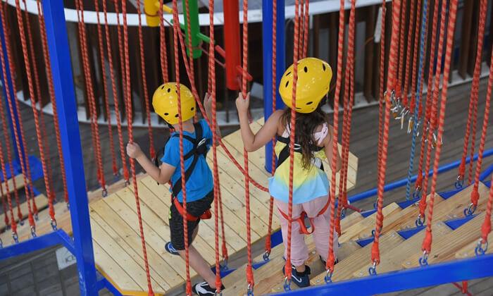7 3 קומות של אדרנלין: כניסה לפארק החבלים בקניון אייס מול אילת