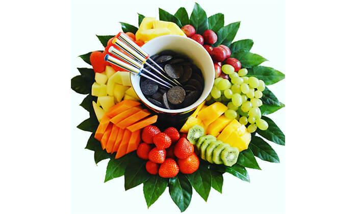 5 הזמנת מגשי פירות אקזוטיים עם 3 יחידות סושי פירות מתנה