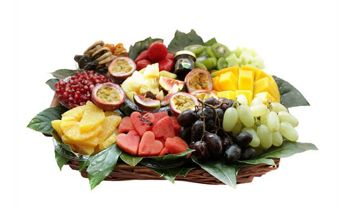 11 הזמנת מגשי פירות אקזוטיים עם 3 יחידות סושי פירות מתנה
