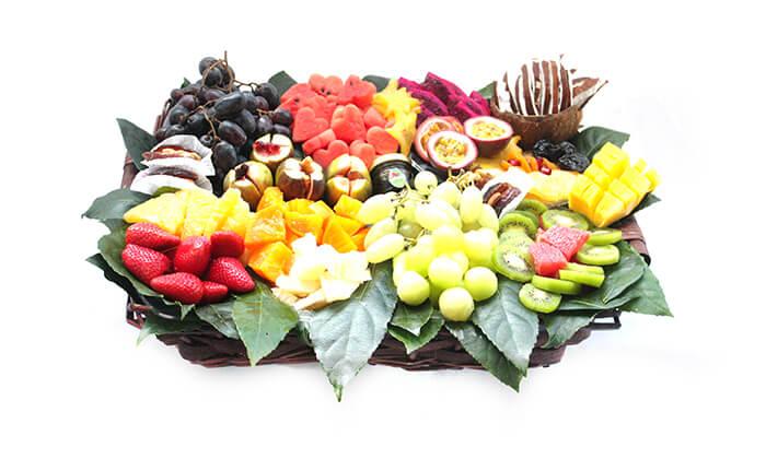 14 הזמנת מגשי פירות אקזוטיים עם 3 יחידות סושי פירות מתנה
