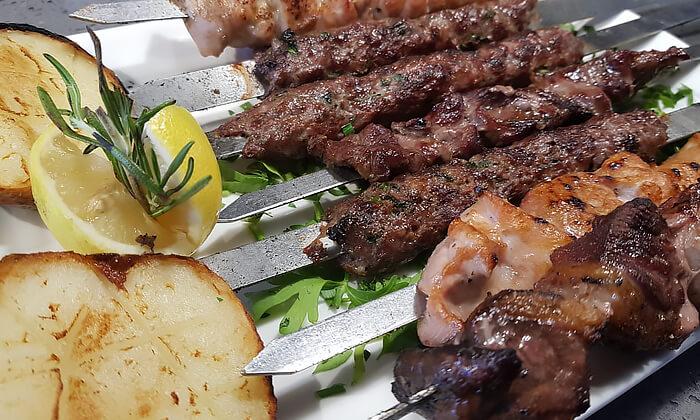 8 ארוחה זוגית כשרה במסעדת Steak One, מתחם One באר שבע