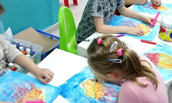 5 חוג 'יצירה קסומה' לילדים בפתח תקווה