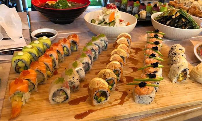 6 ארוחה זוגית במסעדת Umami, שוק הכרמל תל אביב