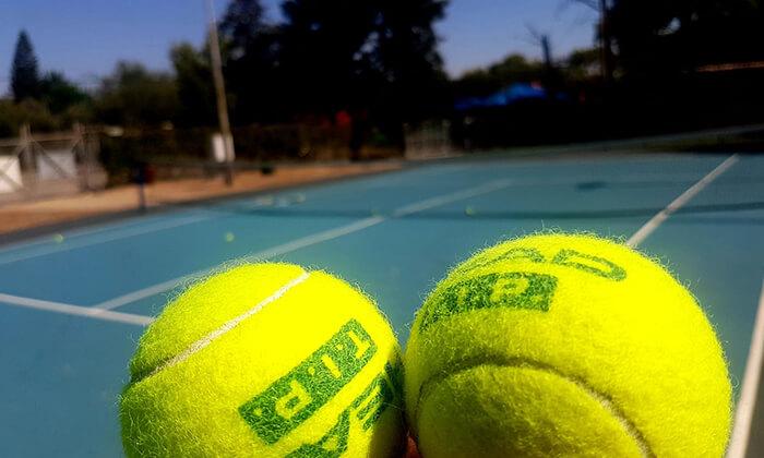 7 אימוני טניס לילדים ולנוער בבית ספר לטניס, נווה ימין