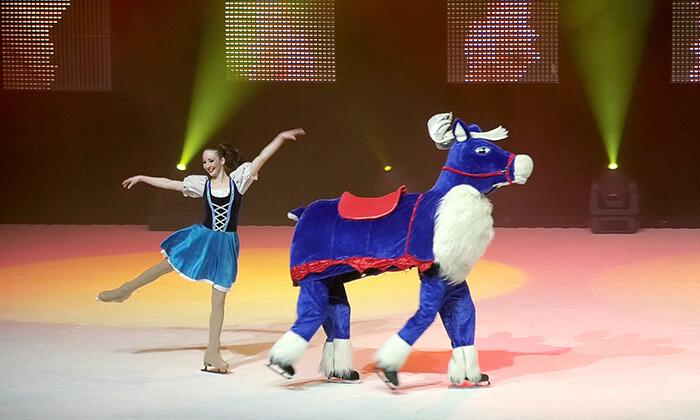 4 כרטיס למופע 'מלכת השלג' - קרקס על הקרח, מגוון מיקומים ומועדים