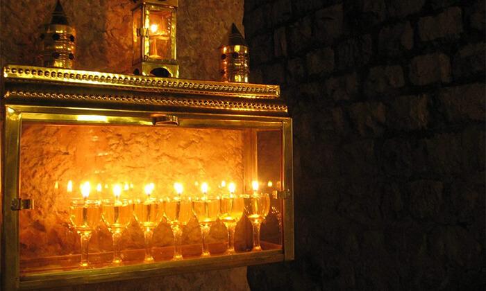 2 סיורי חנוכיות בירושלים