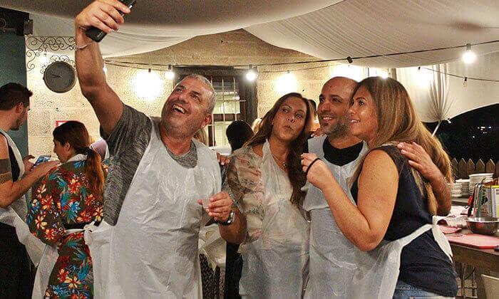 14 סדנת פיוז'ן בשרים במבשלים חוויה - הבית של סדנאות הבישול, תל אביב