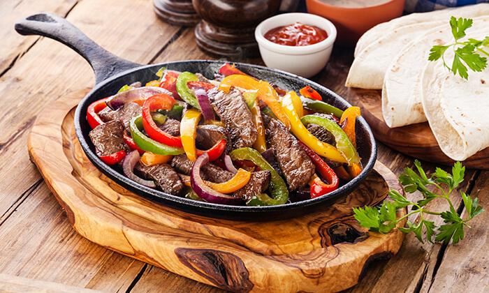 2 סדנת בישול מקסיקני במבשלים חוויה - הבית של סדנאות הבישול, תל אביב