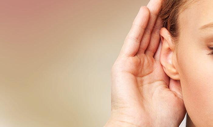 2 בדיקת שמיעה במרכז הכול למבוגר ומכון שמיעה - צליל וקול, חולון