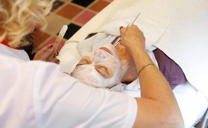 טיפול פנים Beauty Clinic Maxia