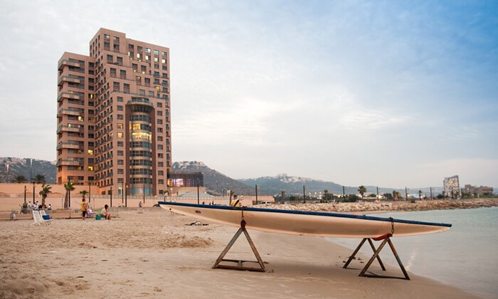 7 ארוחת שישי כשרה בסגנון בופה במלון לאונרדו פלאזה חיפה