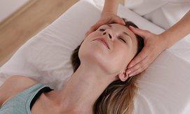 עיסוי פנים Beauty Clinic Maxia