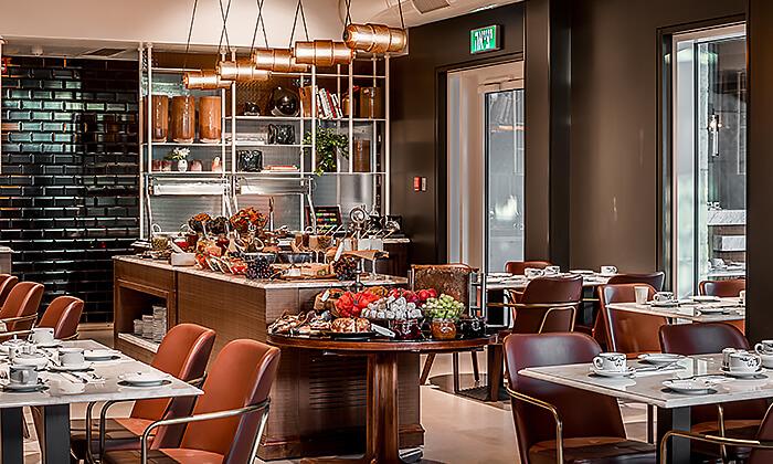 8 ארוחת בוקר בסגנון בופה במלון הבוטיק 'טריפ ירושלים בת שבע'