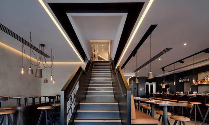 7 ארוחת בוקר במסעדת Ultra Bar Food&Wine, הירקון תל אביב