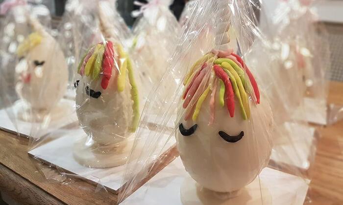2 סדנה לילדים - הכנת ביצת שוקולד בקונדיטוריית בוטיק 'צפצ'ולה', ישוב עשרת