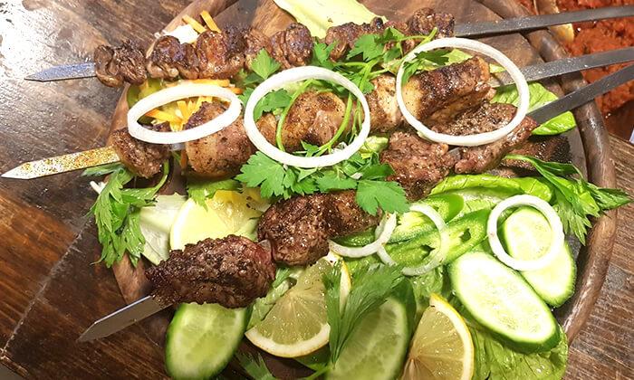 9 ארוחת בשרים זוגית במסעדת טביליסי הגיאורגית הכשרה, באר שבע