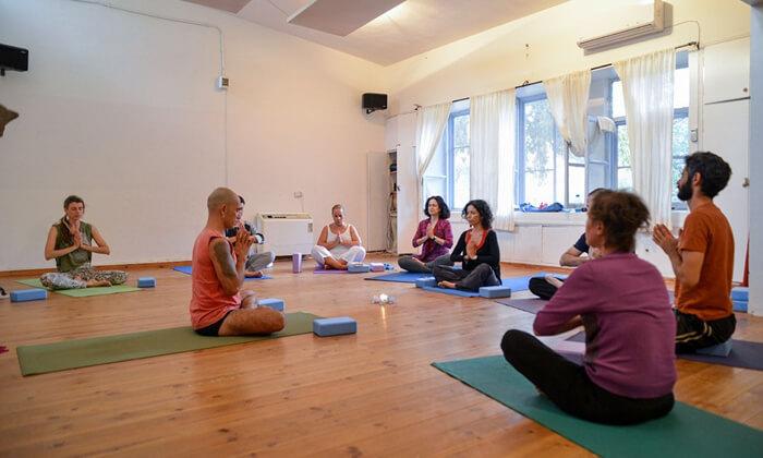3 שיעורי יוגה ב-YAM מרכז יוגה ורפואה משלימה, חיפה