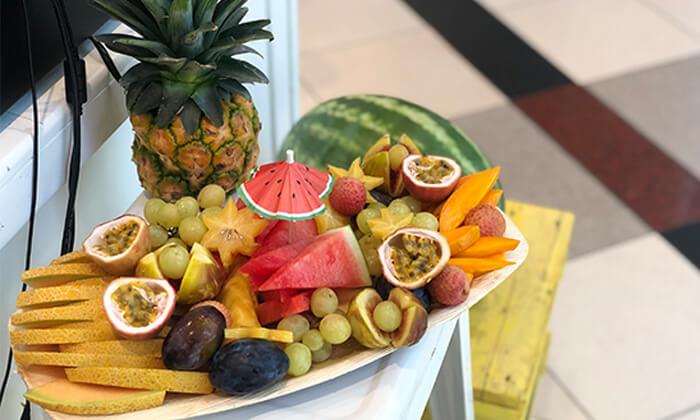 """מגש פירות בגודל 20x40 ס""""מ"""