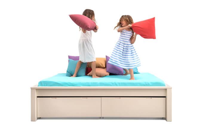 4 מיטה ברוחב וחצי Highwood