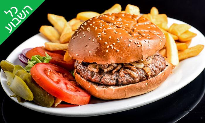 5 ארוחת המבורגר זוגית בסטלה ביץ' - דג על הים, טיילת בת ים