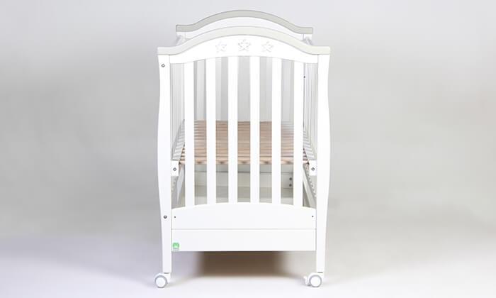 5 משכל: סט ריהוט לחדר תינוקות דגם 'מייפל'