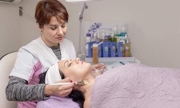 6 טיפולי פנים במרכז Vita Derm, נתניה