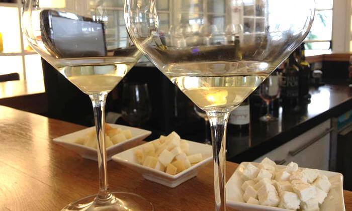 5 ביקור וטעימות יין ביקב אדיר, פארק תעשיות דלתון