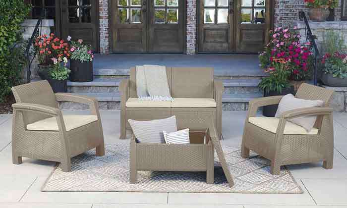 8 כתר: מערכת ישיבה בעיצוב דמוי ראטן
