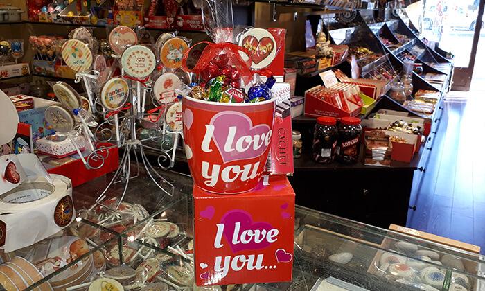 4 מארזי שוקולד של רשת צ'וקולטה, חורב חיפה