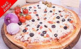 פיצה משפחתית ב-T.A ממאמא פיצה