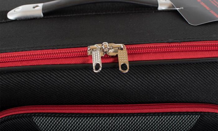 22 מזוודות SWISS