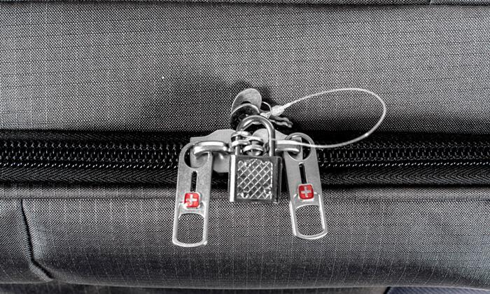 19 סט 3  מזוודות בד SWISS TRAVEL PREMIUM