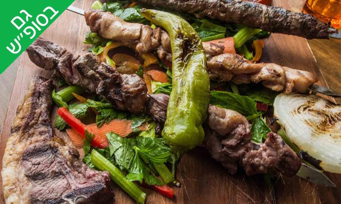 7 ארוחה זוגית במסעדת סנדיאן, בית ג'אן