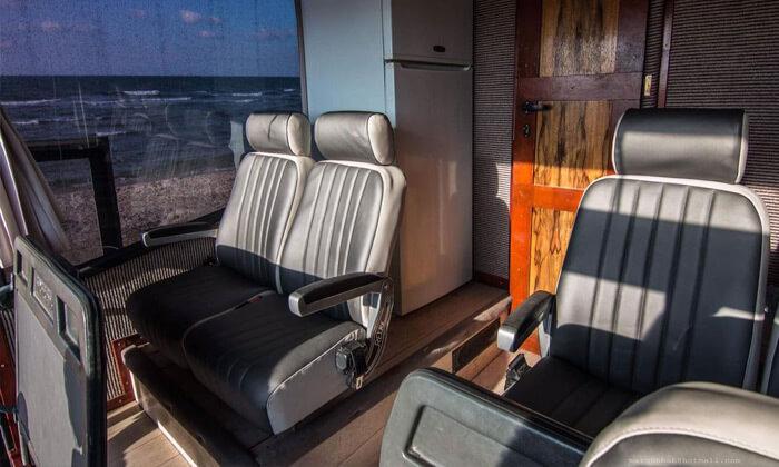 3 גלגלים לוהטים - אוטובוס קרוואן