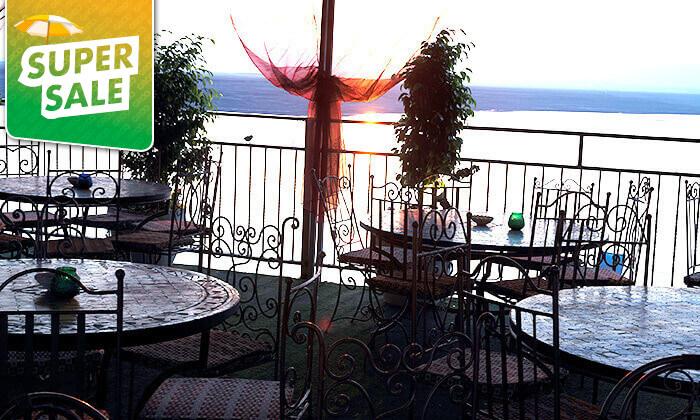 6 חוף ביאנקיני ים המלח - כרטיס כניסה