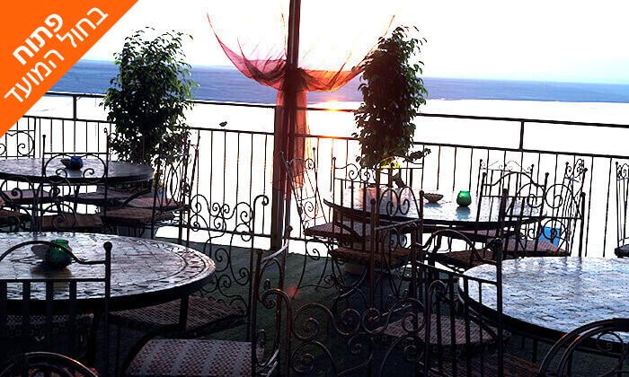 6 חוף ביאנקיני ים המלח: בריכות, בוץ ים המלח, פינות ישיבה ועוד, גם בסוכות