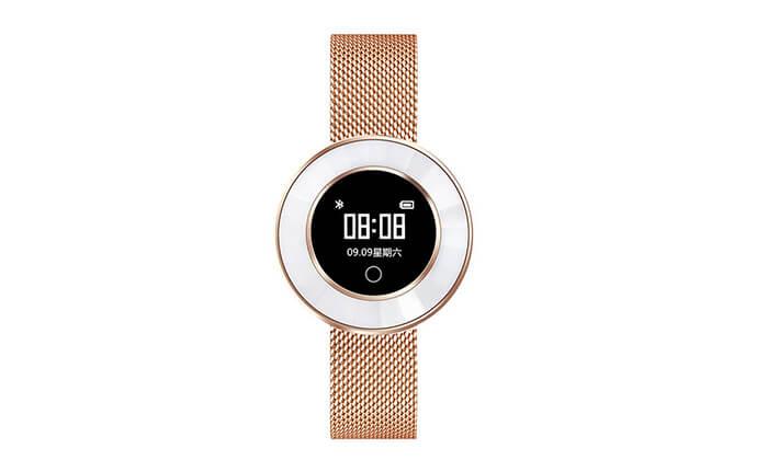 4 שעון חכם עם רצועת מתכת