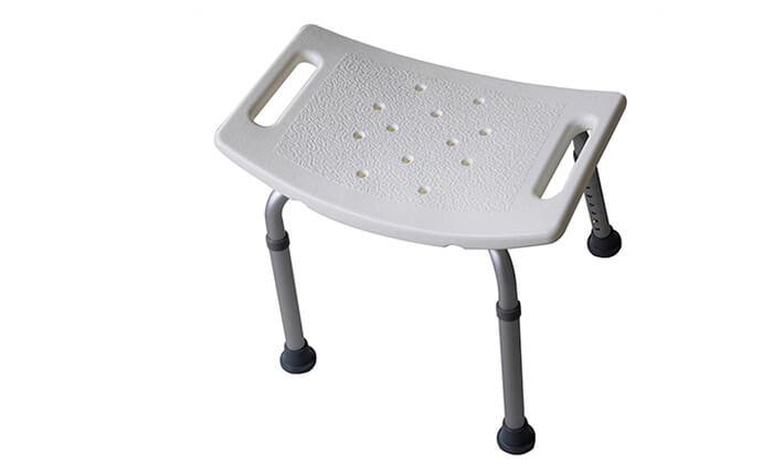 8 כיסא רחצה למניעת החלקה