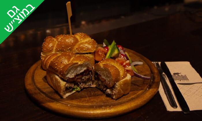 8 ארוחה ודרינק בפאב האלפנט, חיפה