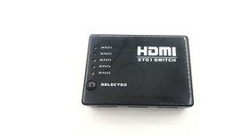 מפצל HDMI עם 3 כניסות