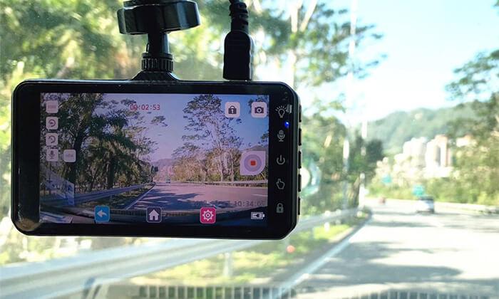 4 מצלמת דרךלרכב