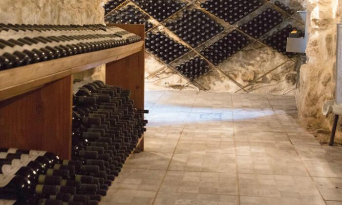 6 סיור וטעימות יין - יקב אבוהב, צפת
