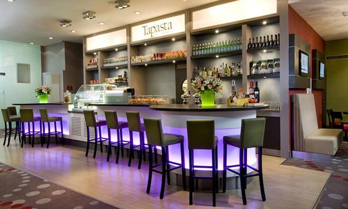 4 ארוחת צהריים או ערב במלון לאונרדו סיטי טאוור, רמת גן