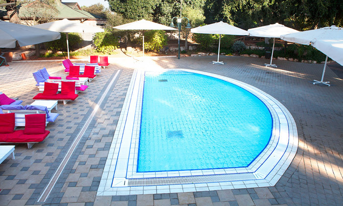 7 חמי געש - יום כיף במרחצאות ובבריכת השחייה
