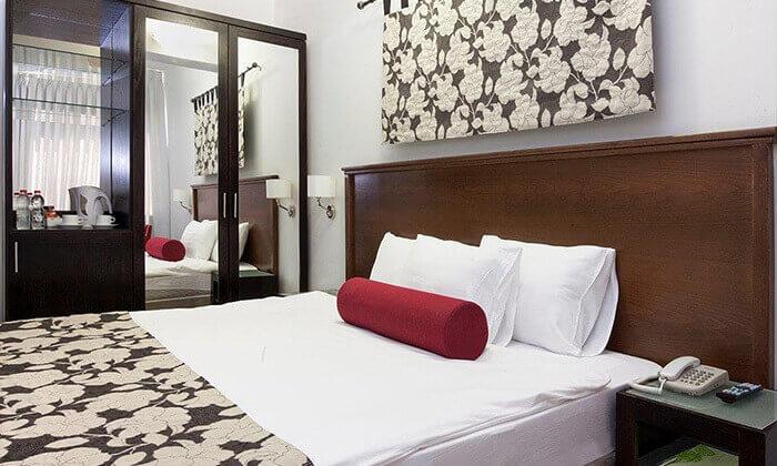 4 מלון עדן אין: חופשה בזכרון יעקב, כולל עיסוי זוגי