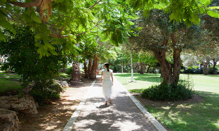 7 מלון עדן אין: חופשה בזכרון יעקב, כולל עיסוי זוגי