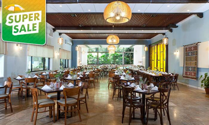 9 מלון עדן אין: חופשה בזכרון יעקב, כולל עיסוי זוגי